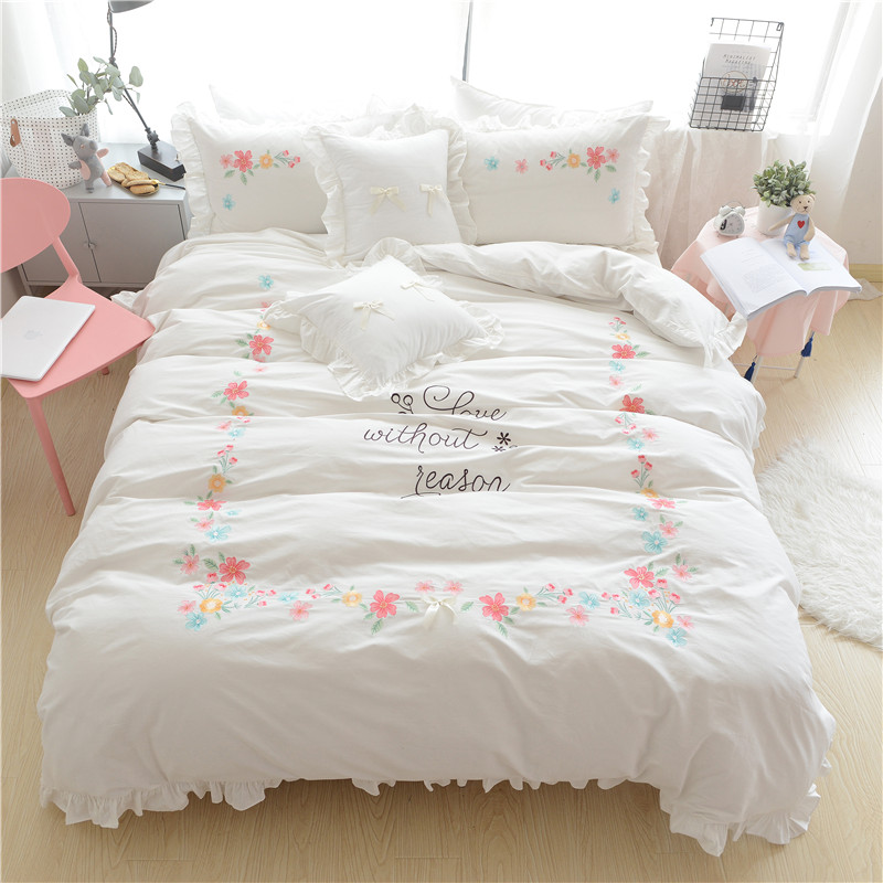 4/6Pieces 100%Cotton White Pink Blue Bedding Set Queen King size Girls Duvet Cover Oriental Embroidery Bed sheet set Pillowcase