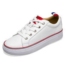 Ersten Leder TB Heißer Verkauf Weiße Schuhe Leder Freizeitschuhe koreanische Paar Singles Männer Schuhe Spitze Mann Wohnungen Schuhe Marke * JFN-A3009