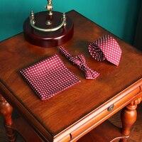 חליפות Mens Vintage אדום פרחונית משי מגבת כיס חליפת גברים זכר עניבת פרפר עניבה צוואר שמלת כלה בלייזר אלגנטי