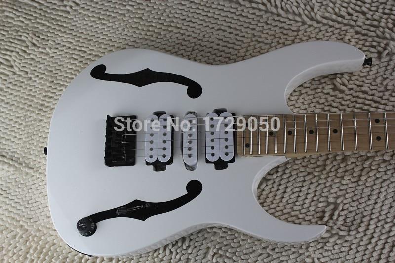 Chine guitare usine personnalisé Nouvelle Arrivée 2017 Haute Qualité PGM 30 blanc couleur Guitare Électrique accastillage Noir 1221