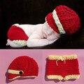 Красный Цвет Baby Boy Крючком Наряды Новорожденный Ребенок Трикотажные Фотография фотографии Реквизит Крючком Газетчик Hat Брюки набор 1 компл. WLS-15005