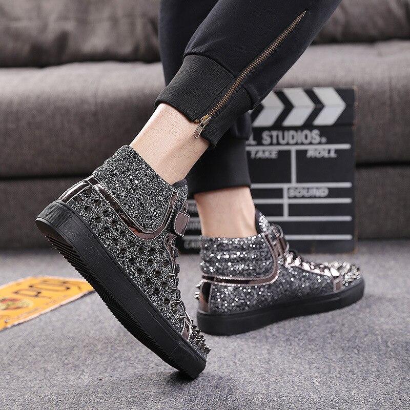 Marca de couro preto prata rebites sapatos