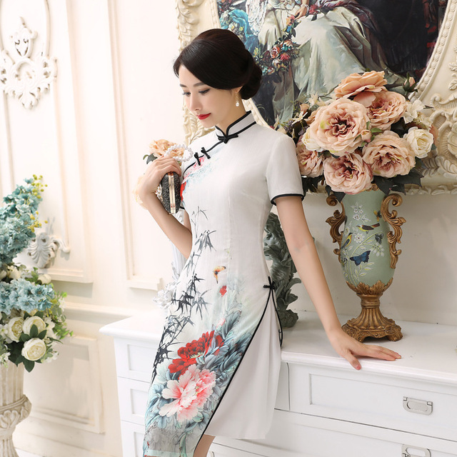 35beeac9a 2019 Hot Sale Sexy White Satin Vietnam Ao Dai Dress Chinese Traditional  Lady' s Short Sleeve Print Elegant Short Dress S-3XL AD3