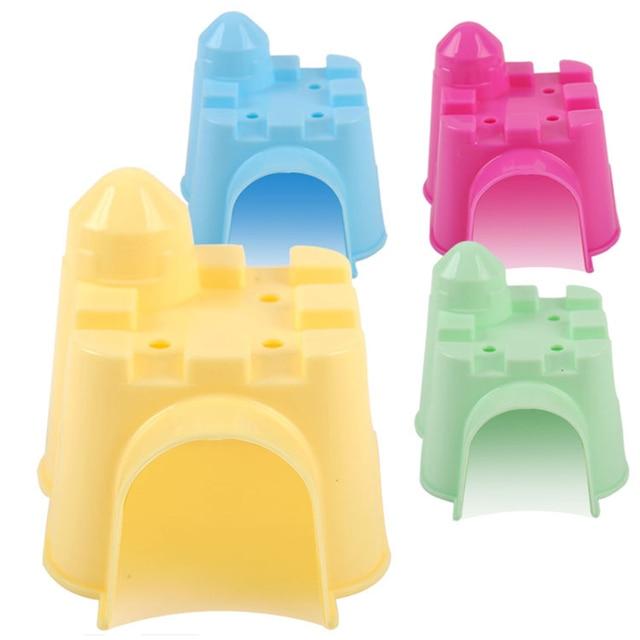 Plastic Eekhoorn Hamster Huis Kasteel Villa Cabine Kleine Pet Rat Muis Muizen Kooi Bed Spelen Speelgoed Kleur Willekeurige 10*9*9 cm