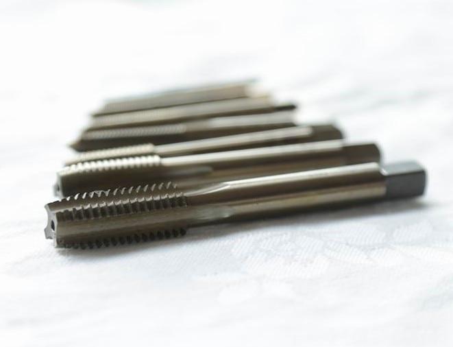 Alta calidad HSS M35 5% Co Full CNC molido 10PCS Máquina recta Tap - Herramientas manuales - foto 2
