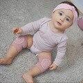 CN ropa de bebé accesorios bebé gateando Anti-skid mantener caliente la cubierta protectora niño aprender a calcetines bebé calcetines de la pierna calentadores