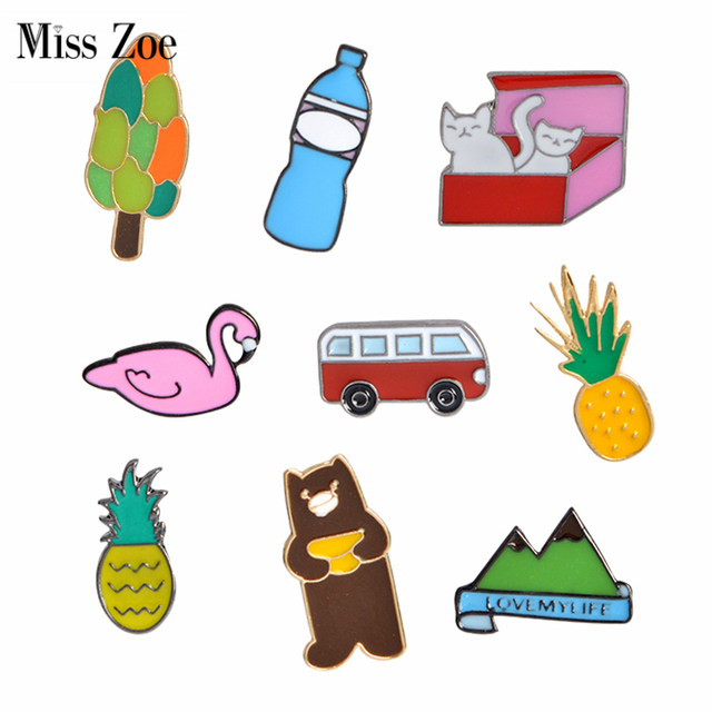 Miss Zoe Pineapple Bus Cats in Box Bear Swan Mountain Brooch Button Pins Denim Jacket Pin Badge Cartoon Fashion Jewelry Gift