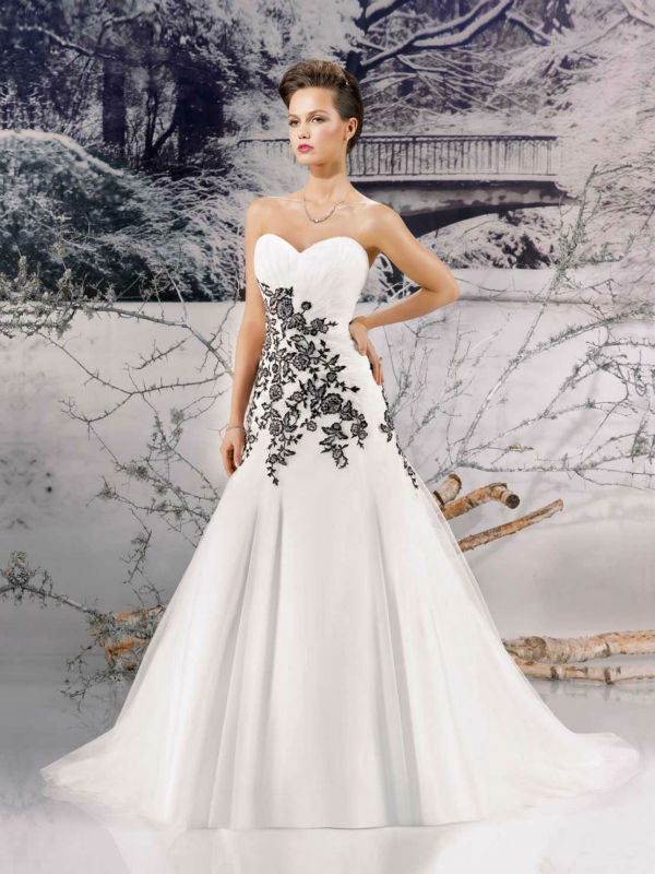 Designer fashionable a line vintage wedding dress vestido for Black designer wedding dresses
