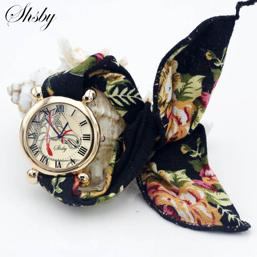 Shsby Ladies Flower Cloth Wristwatch Women Dress Watch Fashion Girl Casual Rhinestone Quartz Watch Femme Horse Fabric Clock