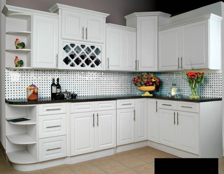 Pintura de cocina aprovecha las paredes pequeas con for Pintura para muebles de cocina