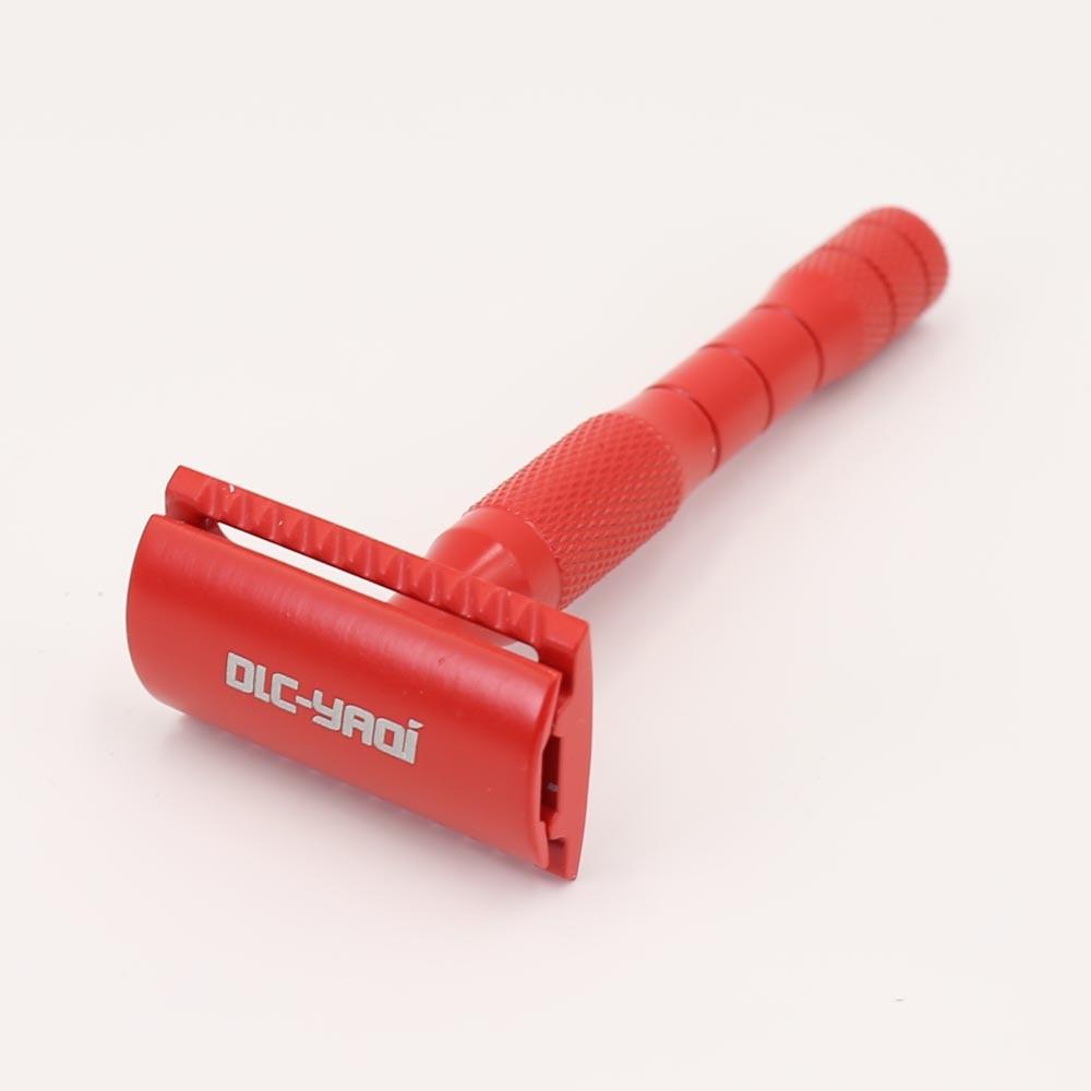 Безопасная бритва YAQI красного цвета с латунной ручкой