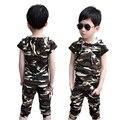 Muchacho de la manera de camuflaje ropa de los niños de manga corta T-shirt + short set kids boy trajes de bebé con capucha superior