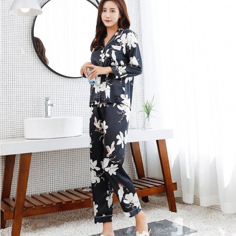 Pyjamas 2018 Autumn Winter Satin Sleepwear Pijamas Silk Feeling Long Sleeve Flower Print Pajamas Sets for Women Pijama Feminino