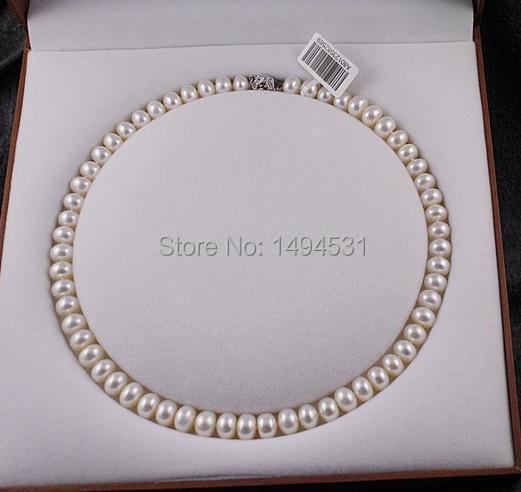 Collier sautoir en perles naturelles