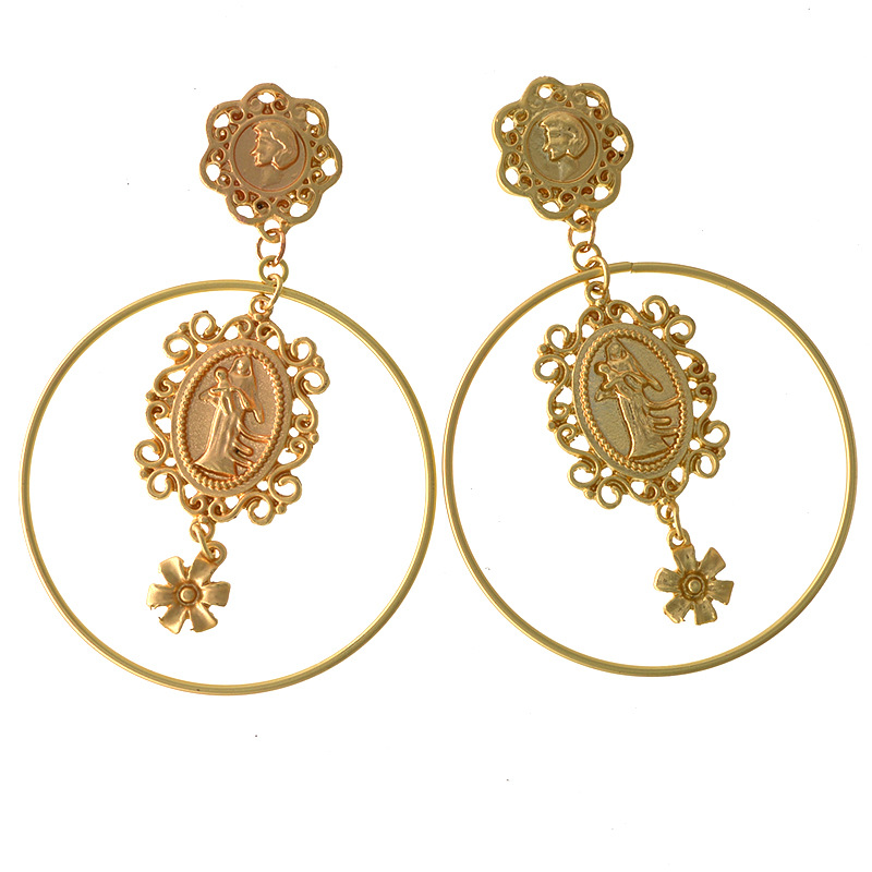 Fashion Coin Pendant Hoop Earrings, Queen Victoria coin earrings for women, Vintage big statement