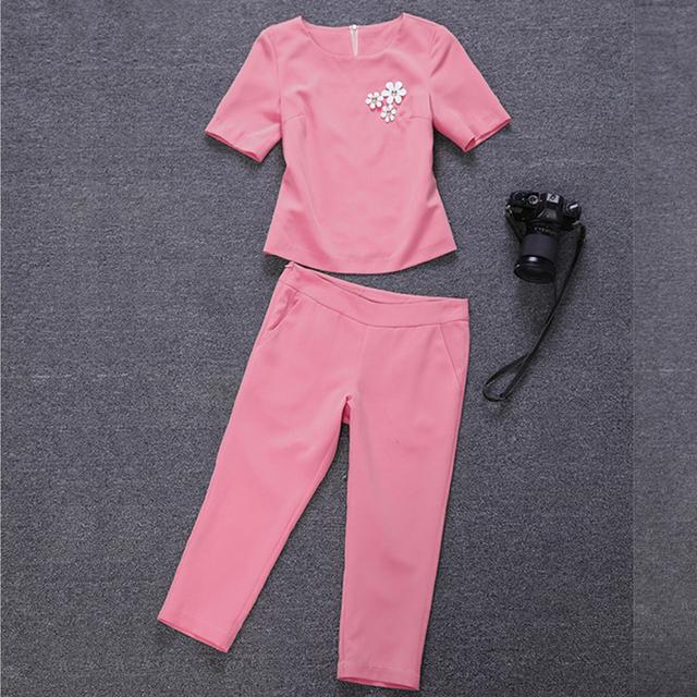Chegada nova T-shirt Femininas Calças Define Flor Rosa Bezerro-Calças de Comprimento Conjuntos Camisetas Calças Conjuntos Casuais Camisetas S65802