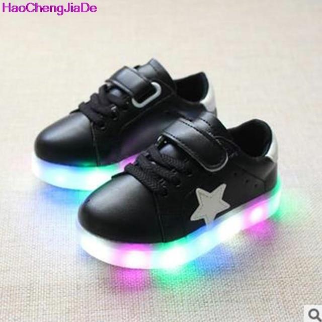 Unisexe Enfants Garçons Filles Chaussures USB Charge LED Lumière Lumineux Fluorescence Clignotants Chaussures de Sports Baskets 8Z80P