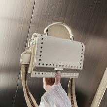 где купить 2019 Brand Women Bags Luxury Handbags Women Messenger Bags Cover Rivet Bag Girls Fashion Shoulder Bag Ladies PU Leather Handbags по лучшей цене