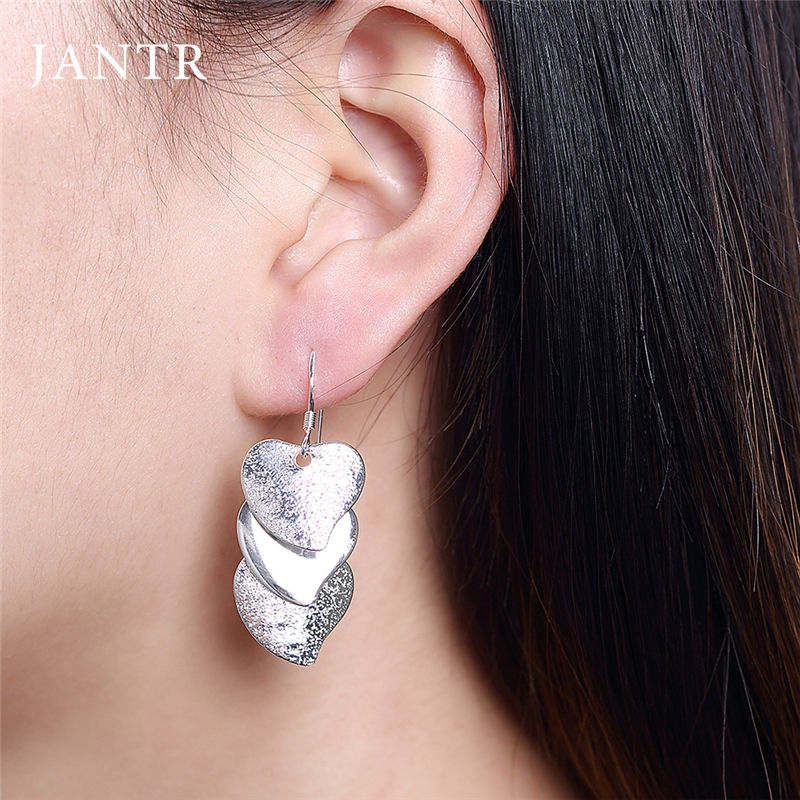 JANTR exaggerated heart earrings fashion temperament earrings women exaggerated earrings goodnight accessories womens jewelry