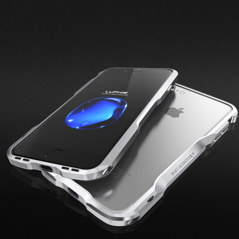 imágenes para Luphie incisivo espada de aluminio tornillo de parachoques del teléfono del caso para el iphone 7/7 plus forma prismática marco cubierta del botón del metal