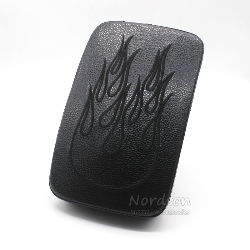MOTORCYCLE REAR PILLION PASSENGER PAD SEAT 6 SUCTION CUP FOR HARLEY CUSTOM CHOPPER