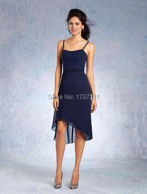 Verano sumergido escote con doble correas espaguetis vestido de satén natural de la pretina detalle floral y falda de gasa asimétrica