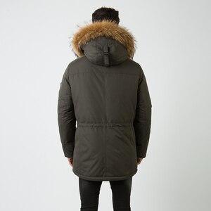 Image 3 - HERMZI abrigo de invierno de algodón acolchado para hombre, Parka gruesa de piel de mapache, Chaqueta larga acolchada, M 4XL de estilo ruso, 2020
