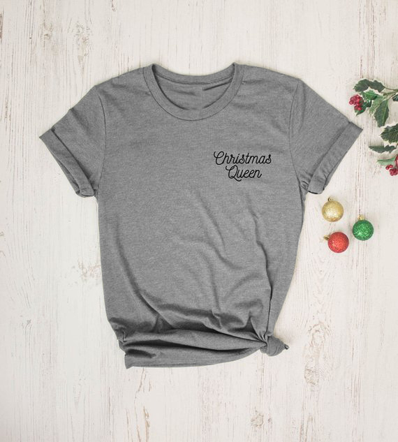 Women Causal Christmas Shirt Christmas Queen Holiday T-Shirt Stylish  Vintage Santa Letter Pocket Printed f9629639a6f6