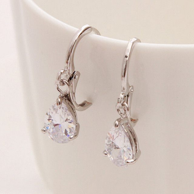 2017 New Summer Style Clear Austria Crystal Silver Clip Dangle Earrings For Women Charm Aretes Pierced
