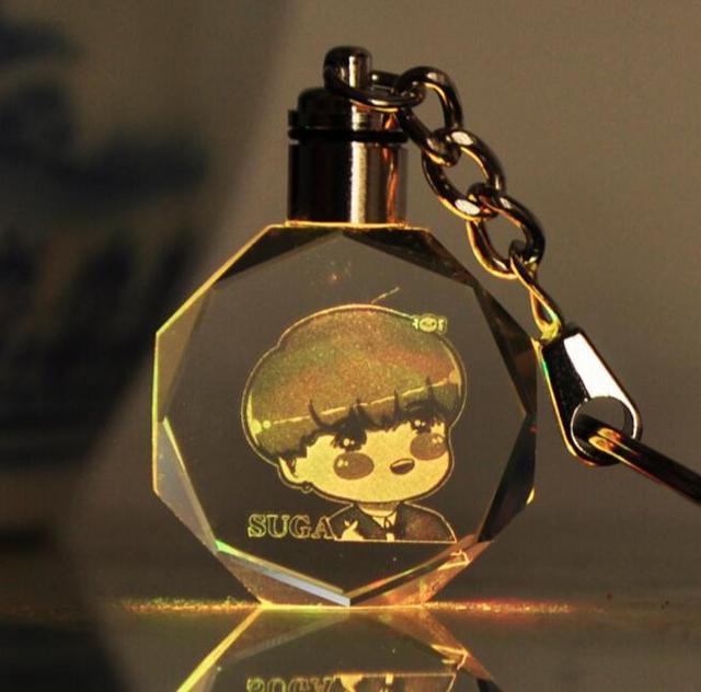 Брелок светодиодный кристалл к-поп BTS в ассортименте 4