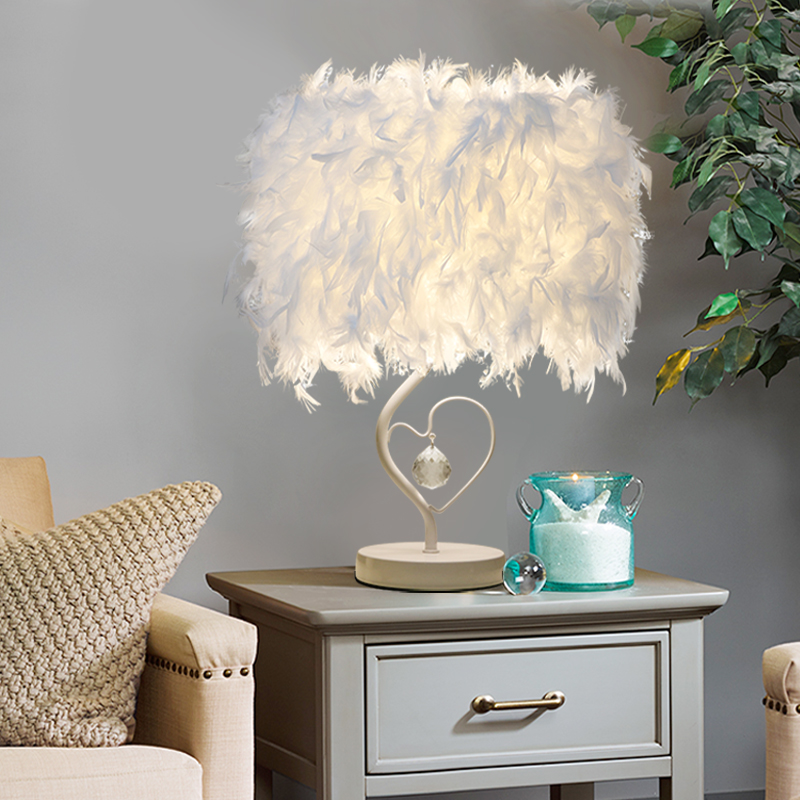Muti-color Feather Table Lamps E27 Bedside Reading Room Foyer Sitting Room Living Heart Shape Crystal Table Light WTL022