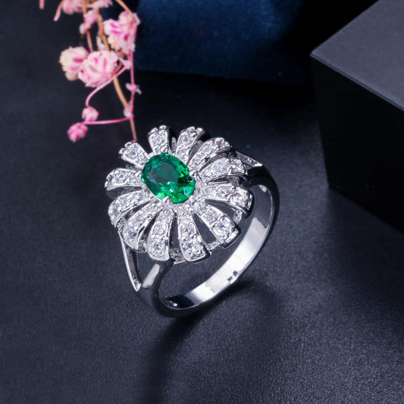 CWWZircons น่ารัก Daisy ดอกไม้สีเขียวสีฟ้า Cubic Zirconia คริสตัลสีขาวทองแหวนแฟชั่นผู้หญิงเครื่องประดับอุปกรณ์เสริม R060