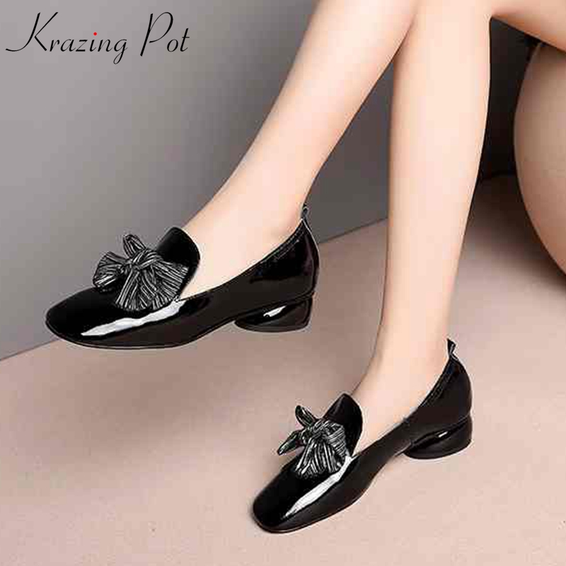 Jeune Style Noir Talons 2019 Nouvelle Arrivée Cuir Bout Pour Krazing Streetwear Preppy Chaussures Pot Véritable L97 Rond Femmes Fille Med Pompes awq00Sx