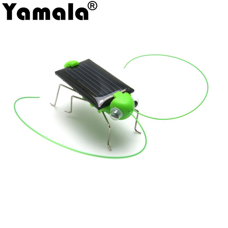 [Yamala] Mini Kit Novelty kid Solar Energy Powered Spider cockroach Power Robot Bug Grasshopper educational gadget Toy for kids diy cute penguin style solar energy powered rechargeable toy kit black white