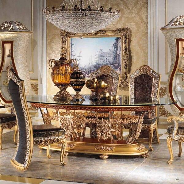 Stile europeo di lusso imperiale in legno intagliato decorativo sala ...