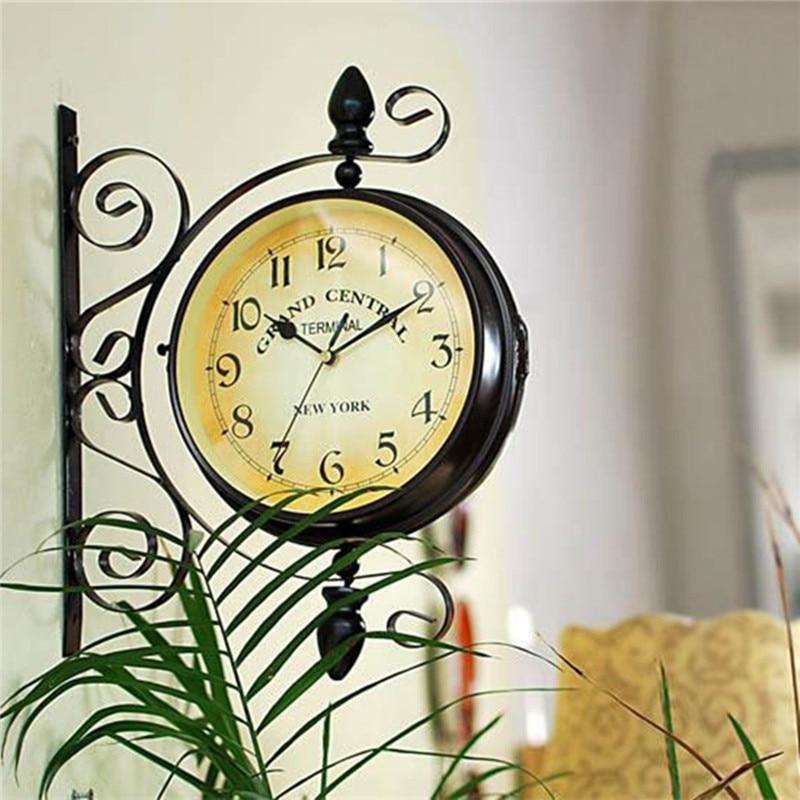 Винтаж декоративная Двусторонняя металлическая настенные часы антикварные Стиль станции настенные часы на стене часы 35 см * 28 см традицион...