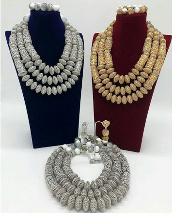 African Fashion Women Wedding Costume Jewellery Set 2018 Latest Mix Gold and Silver Copper Bridal Statement Jewelry Set ABH824African Fashion Women Wedding Costume Jewellery Set 2018 Latest Mix Gold and Silver Copper Bridal Statement Jewelry Set ABH824