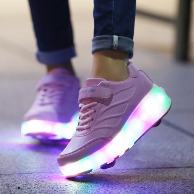 Zapatos de los niños con Las Luces Que Destellan Niños Zapatos Del Patín De Ruedas con Ruedas para Niños Niñas Zapatillas de Deporte