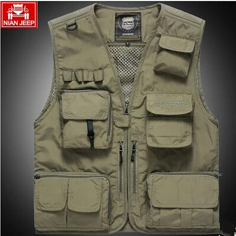 The classic 2017 high quality pure cotton JEEP vest detachable leisure Many pocket Add wool photography vest men director coat in Vests amp Waistcoats from Men 39 s Clothing