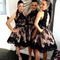 2017 Nueva Alta Nek Negro Encaje de dama de Honor Vestidos de Espalda Abierta Encaje Vestido de Dama de Una Línea corta Longitud de La Rodilla Del Banquete de Boda vestidos