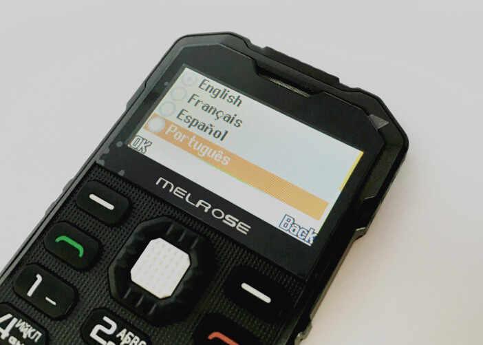 Venta de liquidación Mini teléfono tarjeta SIM única cámara MP3 Bluetooth ultradelgado 1,7 pulgadas al aire libre a prueba de golpes teléfono MELROSE s2