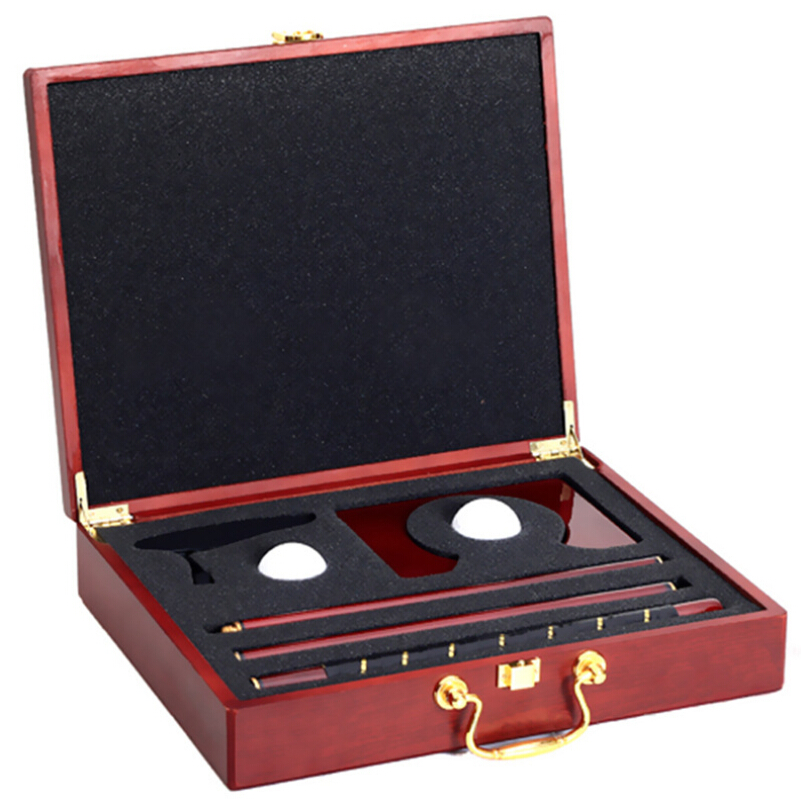 High quality red wood box promotional indoor golf putter gift set