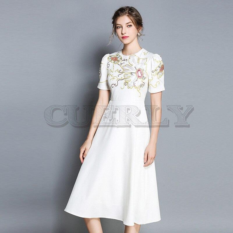 Cuerly 2019 haute qualité été nouvelle mode robe de piste femmes blanc à manches courtes broderie Floral décontracté Vintage robe S-XXL