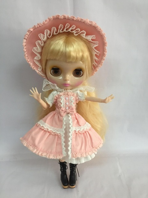 Neo Blythe Clothes Lacey Pink Dress & Hat Set