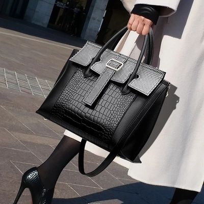 New Quality PU Leather Women Hand Bags Crocodile Pattern Tote Bag Lock Shoulder Messenger Bags Retro Fashion Female Square Bag