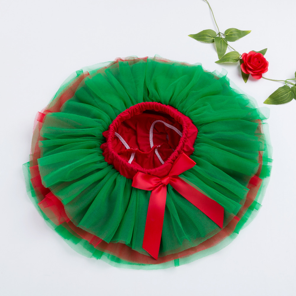 Baby-Girls-Ruffle-Skirt-Christmas-Green-and-Red-Bottom-Tutu-Skirts-Diapers-Infant-bloomers-Pettiskirt-newborn-outfit-1