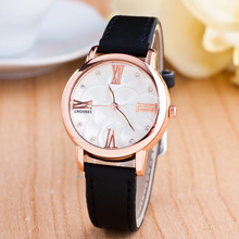 Quartz Watch Women Luminous Diamond Ladies Dress Watches Casual Retro Leather Wristwatch Roman Numerals Clock Relogio Feminino