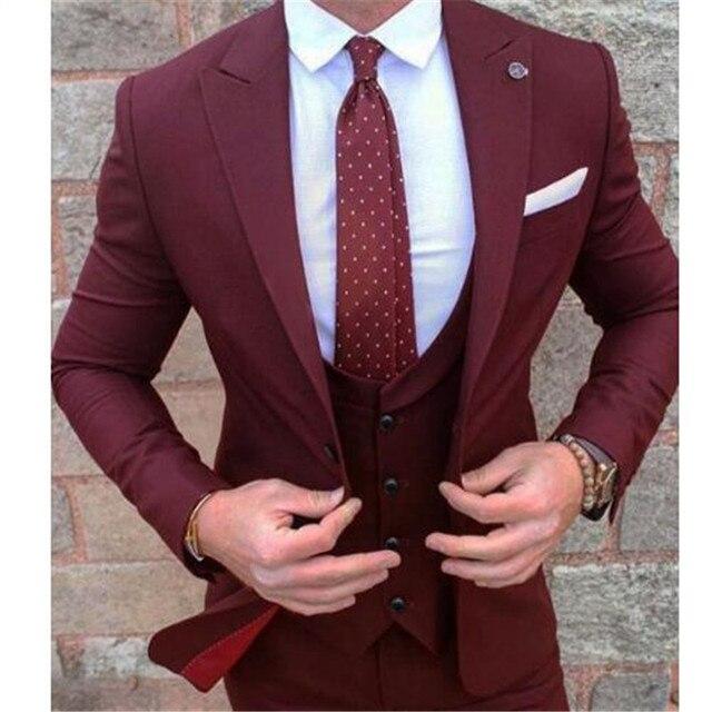 תפור לפי מידה בורגונדי תחפושת Homme Terno חתן טוקסידו השושבינים גברים חתונת חליפות Slim Fit גברים חליפה (מעיל + מכנסיים + אפוד)