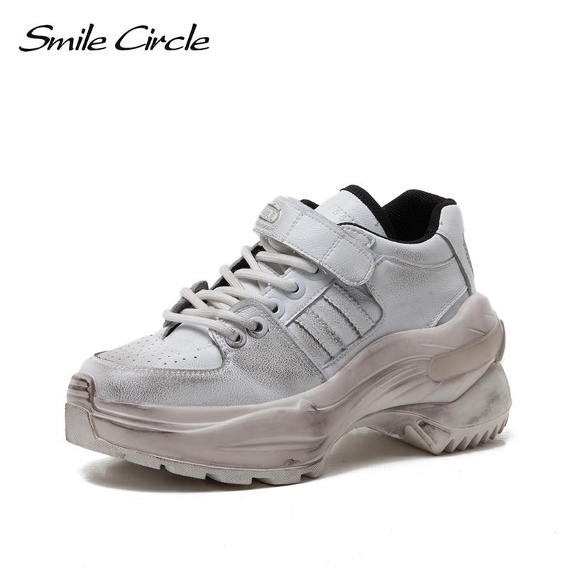 Sourire cercle sale baskets femmes chaussures de loisir à la mode Simple printemps 2019 nouvelle plate-forme appartements dames chaussures argent blanc
