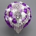 Artificiales De lujo púrpura y blanco De la boda ramos 2016 en Stock Formal ramo De Mariage con diamantes De imitación De novia Formal De la flor